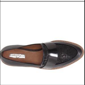 Halogen Emily Black Snakeskin Loafer Size 11